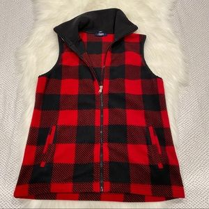 Chaps sport plaid red and black vest full zip